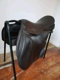 AH Jump saddle