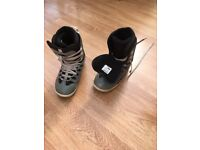 Snowboarding boots size 8. 'Ride'.