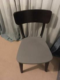 Black and grey chair for sale