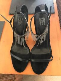 Bertie sandals in black size 7
