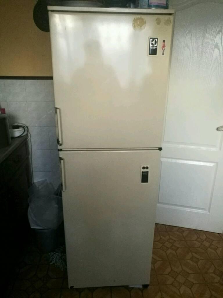 Fridge freezer free