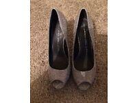 Brand New Genuine MODA Size 6 Metalic Heels with peep toe