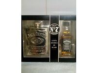 JACK DANIELS, OLD NO 7 BRAND,HIP FLASK & BOTTLE,NEW IN BOX,NEVER OPENED,£15