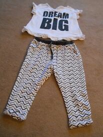 Girls outfit = 12 - 18 months