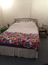 Double room available to rent **LOW DEPOSIT**
