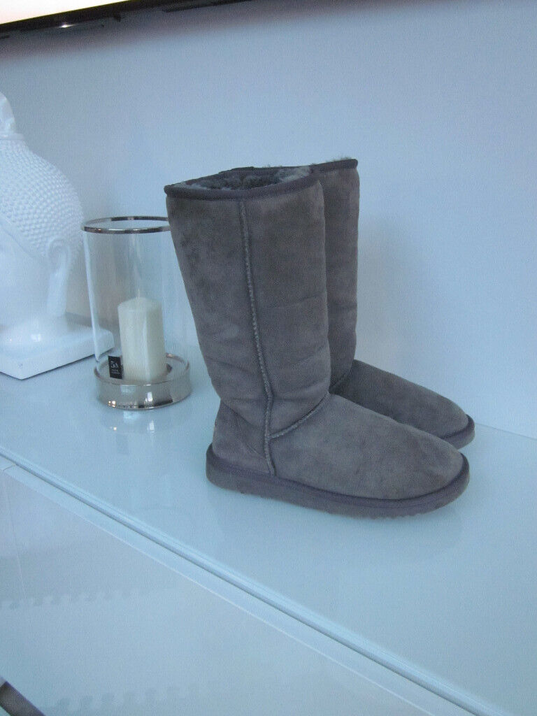 91049205eaa GENUINE GREY UGG CLASSIC TALL BOOTS SIZE 4 W6 (ORIGINALLY PURCHASED FROM  OFFICE FOR £210.00) | in Sarisbury Green, Hampshire | Gumtree