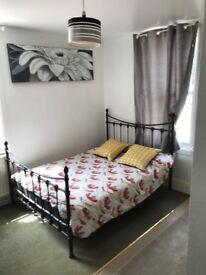 Bedsit to rent in beeston