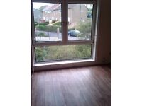 Spacious 3 bedroom maisonette flat in cumbernauld village. Gas heating - No deposit £450 per month