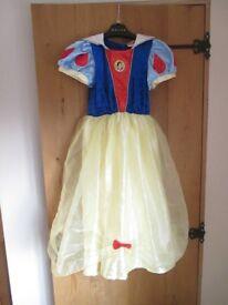Disney Snow White dressing up costume 7-8 years
