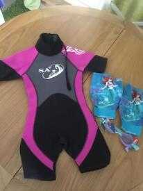 Kids Wetsuit Disney Googles and matching armbands aged 4-5