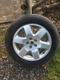 Alloy wheel set and WINTER tyres for LandRover Discovery 3
