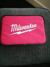 Milwaukee Batter Driver
