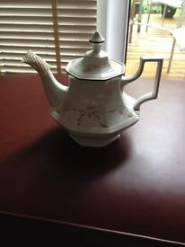 JOHNSON BROTHERS ETERNAL BEAU TEAPOT (NEW) EXCELLENT CONDITION