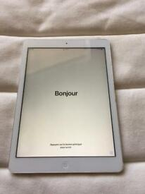 Apple iPad Air WiFi 4G and cellular 9.7""