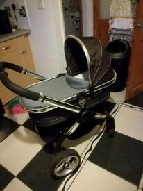 Icandy pram suitable from birth excellent condition
