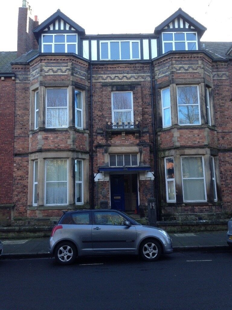 No Agent fees. Two bedroom flat in central Carlisle.