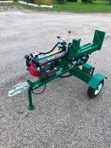 Over 40% off list price on a New Wallenstein 25 Ton Woodsplitter with Honda engine & 1 year factory warranty