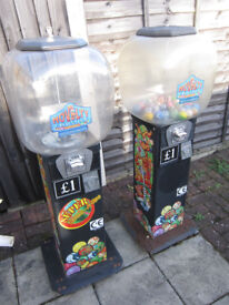 2x vending machines