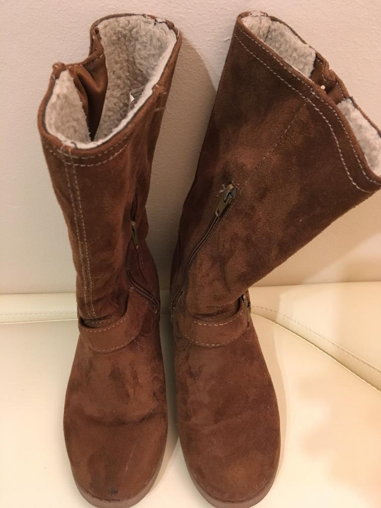 Girls Brown Suede M&S Boots Size 1