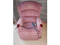 Riser recliner electric chair with massage *dual motor* Can deliver