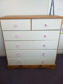 4 + 2 drawer unit. Pine & cream. Ideal for girls room.