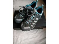 Merrell Shoes Size 5