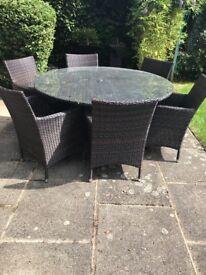 Round Garden Table & 8 Chairs