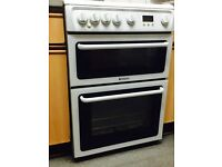 Hotpoint white cooker