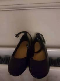 Gap size 8 party shoes