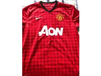 Manchester United 2012/13 Home Shirt LARGE