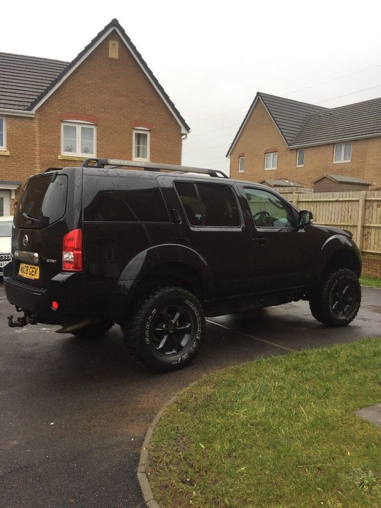 Nissan Pathfinder Monster Truck Ultimate 7 Seater
