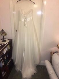 Brand new stella york wedding dress