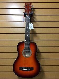 Plusieurs guitares accoustiques MADERA pour enfants à vendre