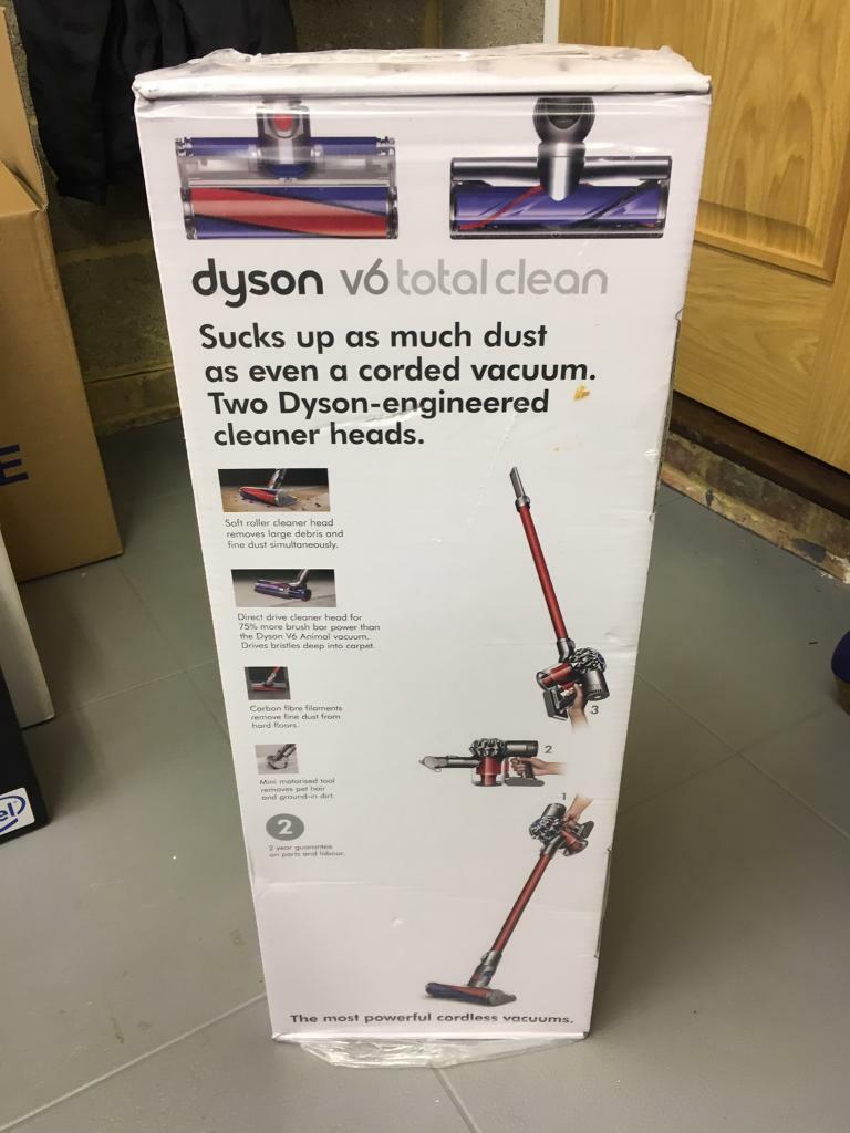 dyson v6 total clean vacuum cleaner brand new in finchampstead berkshire gumtree
