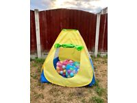 Kids Pop Up Play Tent with 2x Bags of Plastic Balls