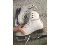 GRAF Leather White figure skates size 1