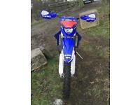YAMAHA YZ 250 road registered