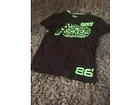 Super Dry T Shirt large