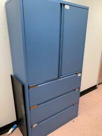 Storage lockers / cabinets