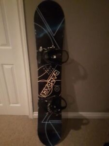 Firefly 147cm Snowboard with SIMS Bindings