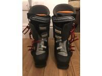 Salomon Performa 7.0 Mens Ski Boots UK 9s (SensiFit)