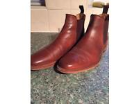 Russel Thomas Chelsea boots