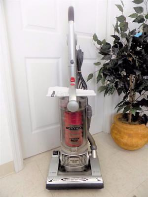 Fantom Twister Bagless 12AMP TRUE HEPA Upright Vacuum Cleaner Model FM741HR ()