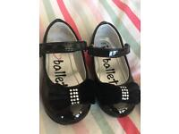 Patent toddler shoes size 4