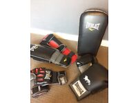 MMA - pads / training gloves / shin pads