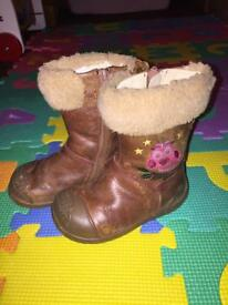 Clark's boots size 4.5G