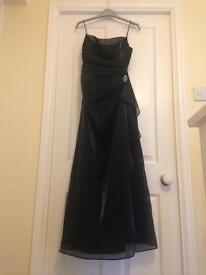 Beautiful black evening dress. Size 12.