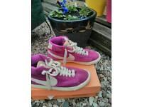 Nike Blazer UK 4.5