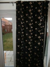 Black and Gold Curtains (93 x 81 Drop)