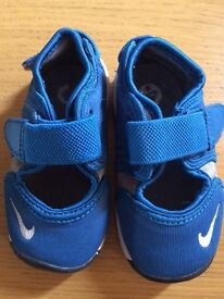 10 pairs of baby trainers